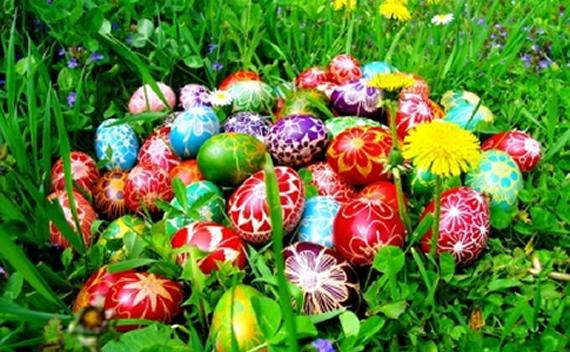 Svim ljudima dobre volje, koji slave najradosniji hriscanski praznik ...